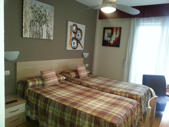 Hostal Mesón del Barro: habitacion doble 2 camas