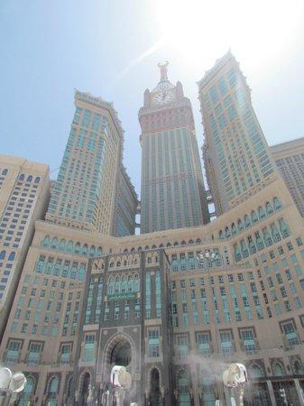 Makkah Clock Royal Tower, A Fairmont Hotel: Clock tower