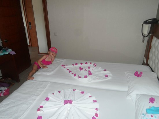 Club Aida: lovely decoration left by maids
