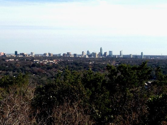 Mount Bonnell : View of Austin from Mt Bonnell