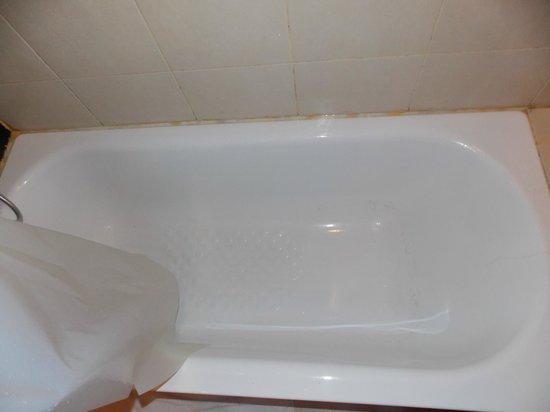Miramar Hotel Bangkok: bain-douche