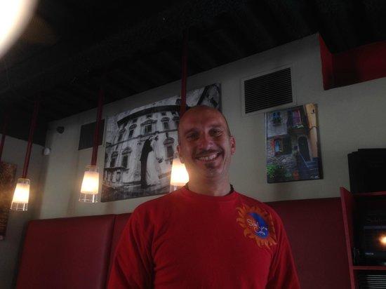 Sole Luna Cafe: The owner/bartender