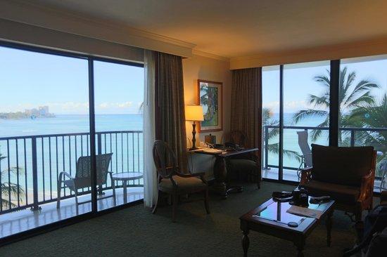 Outrigger Waikiki Beach Resort: The balcony