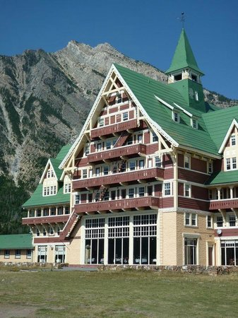 Waterton Glacier International Peace Park Prince Edward Hotel