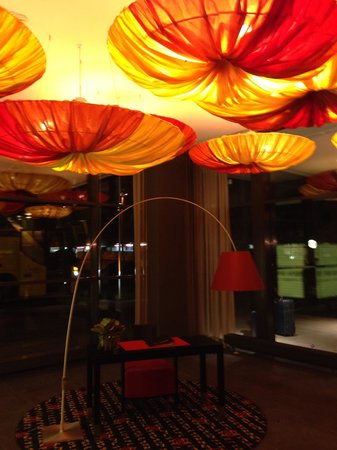 angelo by Vienna House Munich Westpark : La hall dell'hotel.