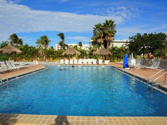 Howard Johnson Resort Hotel - ST. Pete Beach FL: pool