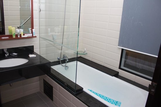 Deevana Plaza Krabi Aonang : Bathroom