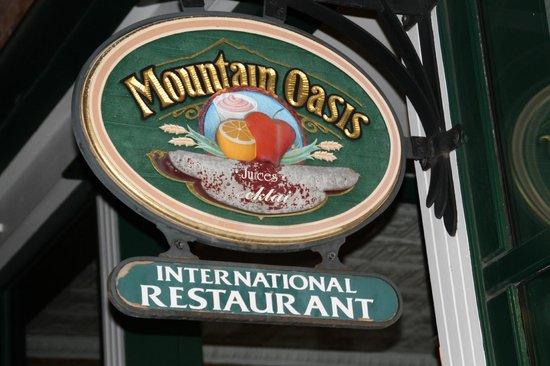 Mountain Oasis: enseigne