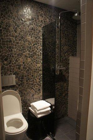 Hotel V Frederiksplein: Bagno