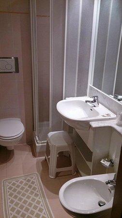 Hotel Paoli: bagno interno