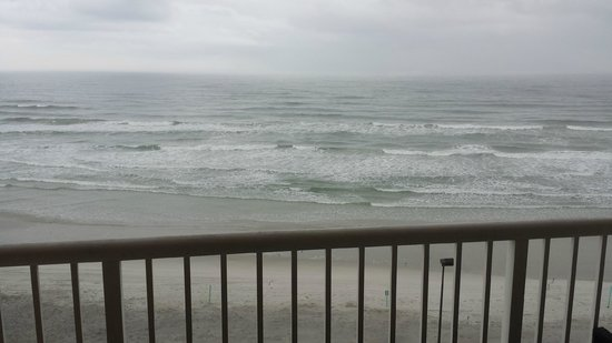 Holiday Inn Resort Daytona Beach Oceanfront: View from our 7th floor room 701