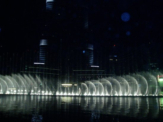 Lotus Hotel Apartments & Spa, Dubai Marina : Burj Khalifa
