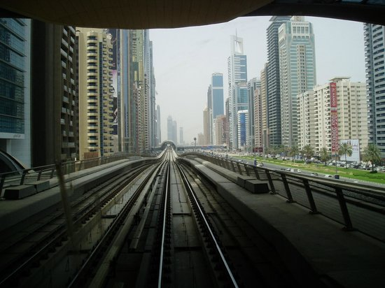 Lotus Hotel Apartments & Spa, Dubai Marina : Metro