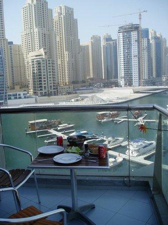 Lotus Hotel Apartments & Spa, Dubai Marina: Marina