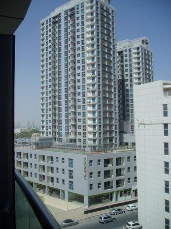 Lotus Hotel Apartments & Spa, Dubai Marina : Building