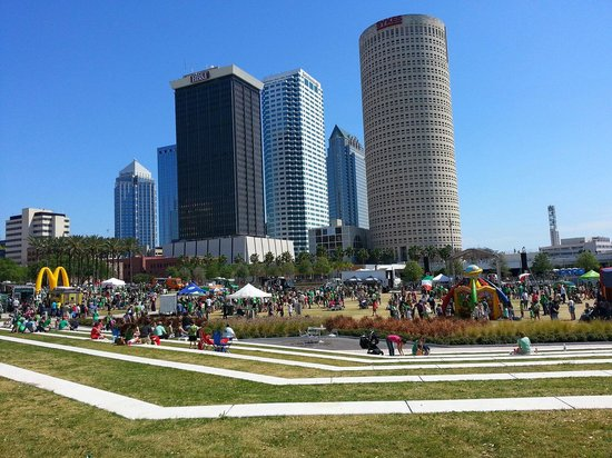 ‪Curtis Hixon Waterfront Park‬