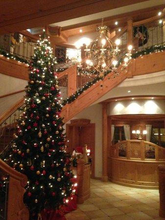 Grunwalder Einkehr: Christmas Lobby