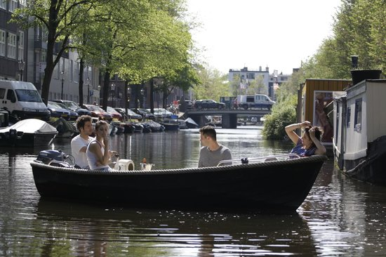 Amsterdam Tourguides: Do it Amsterdam Style!