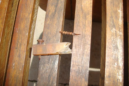 Fairmont Mayakoba: Loose screws