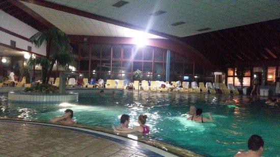 Hotel Ajda: Piscina dell'hotel