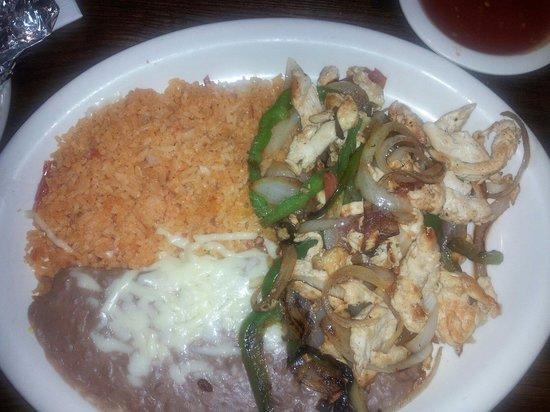 Kiosco Mexican Grill: Chicken Fajita Special