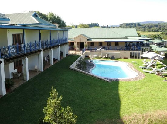 Magoebaskloof Hotel: Pool area