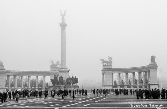 Emily  Guide - Day Tours: Heroes Square in one of foggy day