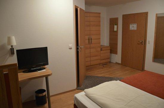 Zum Hasen: The room