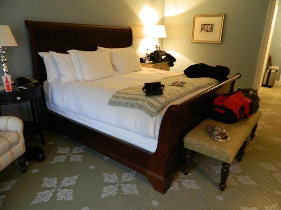 Omni Bedford Springs Resort : Bedford Bed