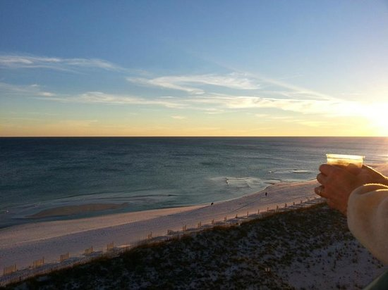 Holiday Inn Express Pensacola Beach: Sunset from our room