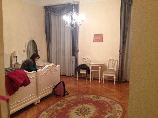 Hotel Kalvin House : Panoramica della stanza