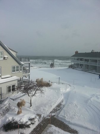 The Beachmere Inn : View from room 224 during the blizzard
