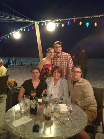 Sandbar Restaurant: New Years Eve, dining on the beach