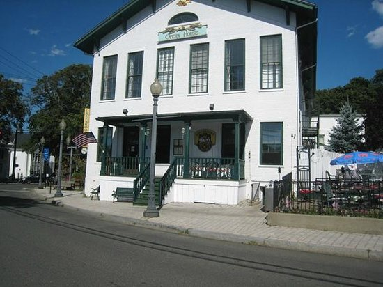 Greenwood S Grille And Ale House A Fine Restaurant In The Quaint Downtown Of Bethel Ct