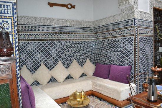 Riad La Cle de Fes - seating