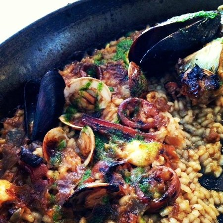 Food Lover Tour: Paella close up available in our FoodBall Lover Tour