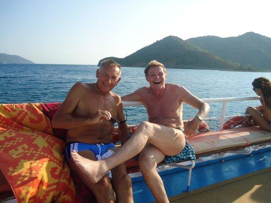 Perdikia Beach Hotel: boat trip to mud baths