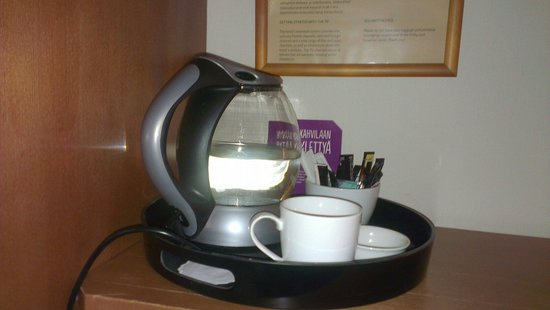 Scandic Marski: Набор для чая и кофе в номере Superior Extra.