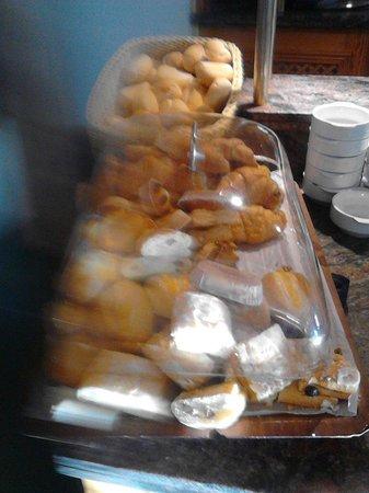 Hotel Ocean Ponderosa : Ecco a voi le paste della mattina!!!!