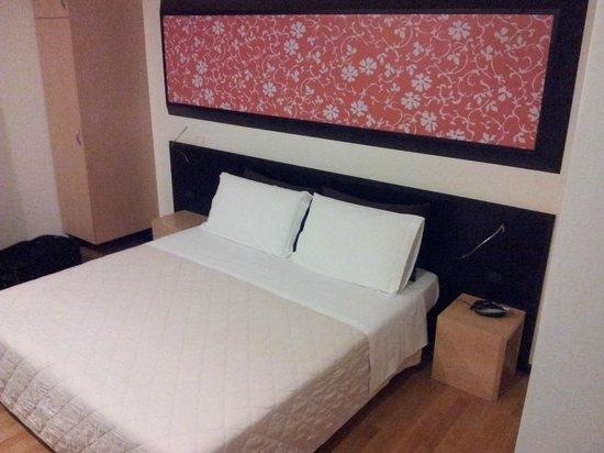Sanlu Hotel: Camera da letto