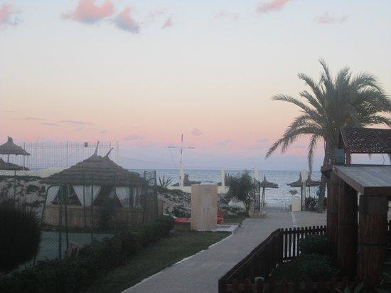 Hotel Abou Sofiane: beach