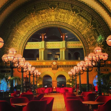St. Louis Union Station Hotel, Curio Collection by Hilton: Lobby