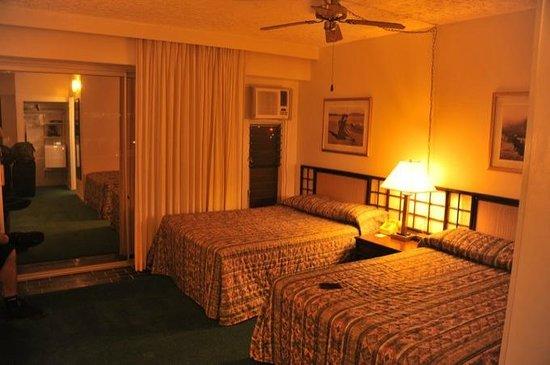 Kona Seaside Hotel: acceptable