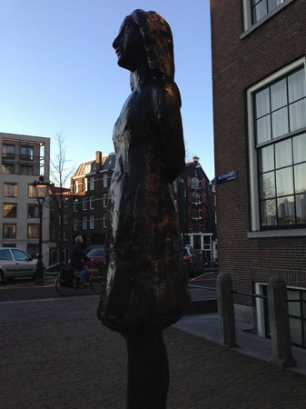 Anne Frank House: Anne Frank statue, down the block from her house.