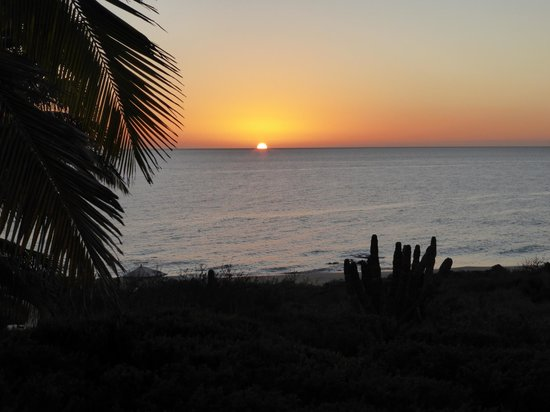 Villa del Faro: sunrise from our porch