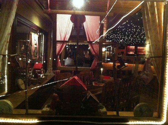 Restaurant Cafe Wolpertinger: окно