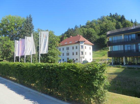 Lambergh, Chateau & Hotel: Hotel Lambergh