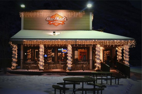 MacPhail's Burgers : Open for the 2014 Winter season