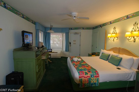 Disney S Caribbean Beach Resort King Size Corner Room