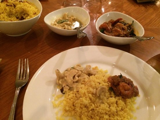 Renuka City Hotel : Food at hotel restaurant